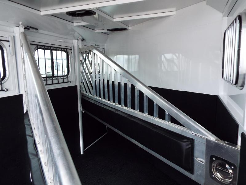 2017 Trails West Classic SpeciALite Aluminum Skin -  3 Horse Trailer w/ Convenience Pkg - Rear Broom Closet - 7' Tall and Wide