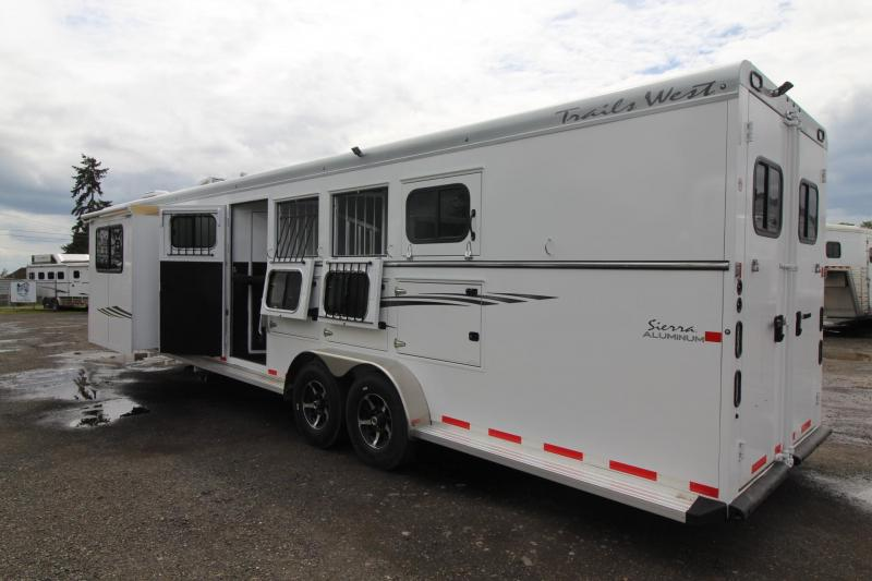 """2017 Trails West Sierra 12x12 - Reduced $1400 - Slide Out - 7'6"""" Tall -Side Tack - Hoof-Grip Easy Care Flooring - 4 Horse Trailer"""