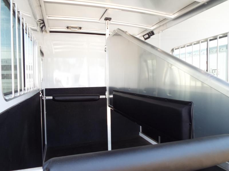 2017 Exiss 724 Straight Load Horse Trailer - All Aluminum