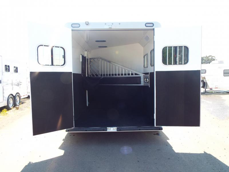 """2018 Trails West Sierra Select - Seamless Aluminum Vacuum bonded walls and roof - 2 Horse Trailer 7'6"""" tall"""