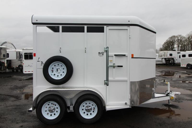 2018 Fabform LBS Livestock Trailer W/ Spare Tire and Rubber floor mats.