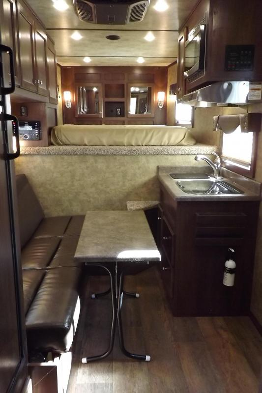 """2017 Sooner Lariat 7311 - 11' Short Wall - 7'8"""" Tall Lots of Upgrades 3 Horse Living Quarters Trailer PRICE REDUCED $2600"""