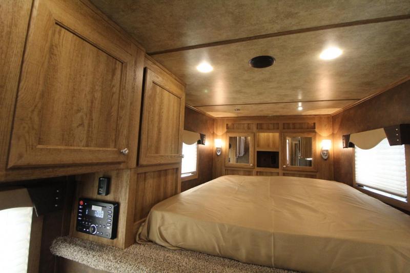 2017 Exiss Escape 7306 -6' S.W. - LOADED w/ Upgrades - Escape door & Stud panel - Sofa - Easy Care Flooring - 3 Horse Living Quarters Trailer