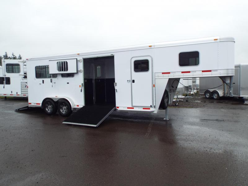 2017 Exiss Trailers 7200 SR - 2 plus 1 Horse Trailer - with Rear and Side Ramps