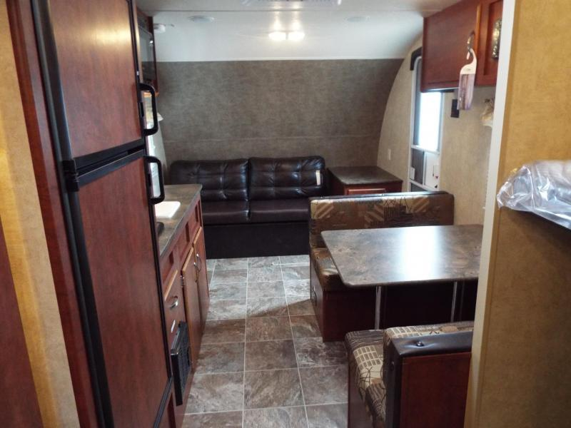2017 Forest River EVO Factory Select - 172BH - Bunk House - Dinette - Sleeper Sofa - Large Refrigerator - PRICED REDUCED BY $1000