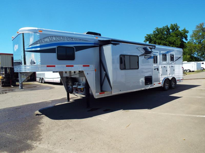 2017 Exiss  8312 - 3 Horse Trailer - 12 ft SW w/ Slide Out - Upgraded Interior! - NEW EASY CARE FLOORING