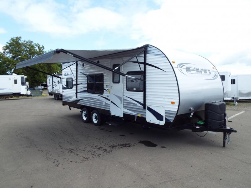 2017 Evo 2250 Travel Trailer - Full Walk on Roof - Power Awning - Triple Bunk Beds - Sleeps 7! - PRICE JUST REDUCED BY $1740