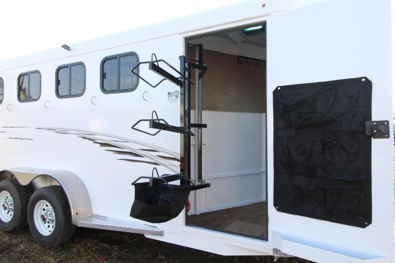 2018 Trails West Adventure MX - Aluminum Skin Steel Frame 4 Horse Trailer - Swing out saddle rack - Water tank