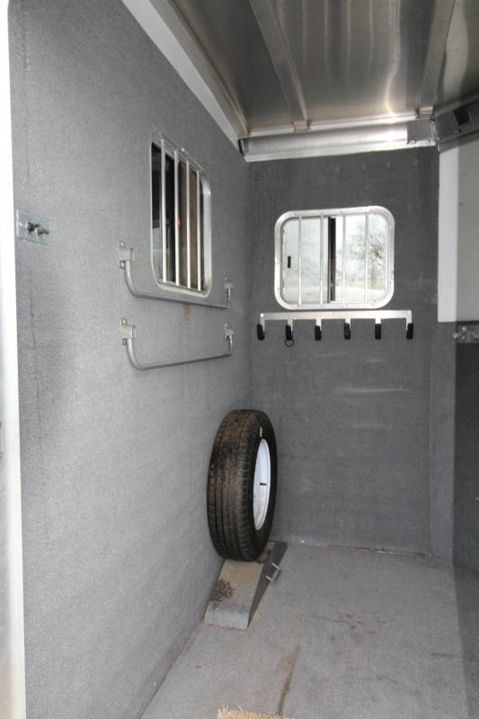 2013 Circle J Lightning 7 - 2 Horse Straight Load Horse Trailer - Dual Escape Doors - Fully Enclosed Tack Room