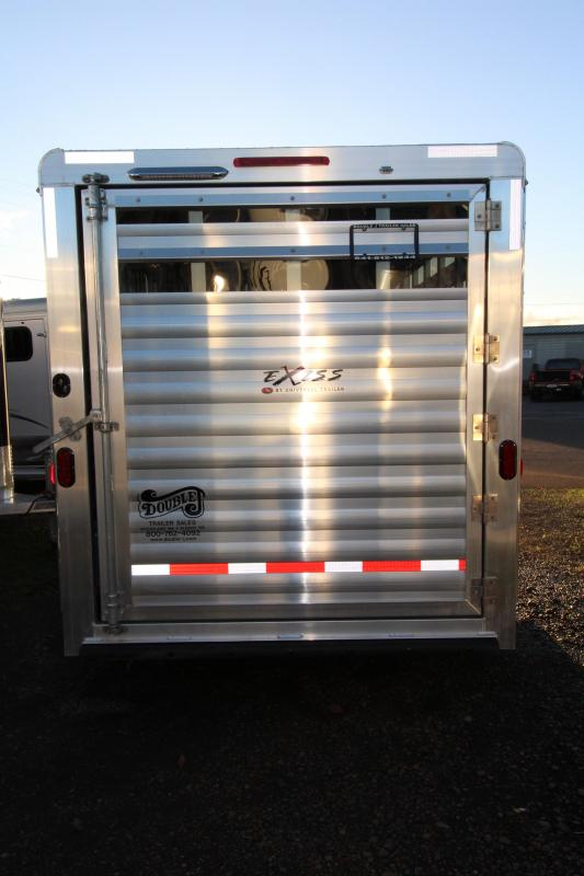 2018 Exiss Express CXF 3 Horse Trailer - Drop Down Head Side Windows w/ Tail Side Plexi Glass Inserts for Air Gaps - Enclosed Tack Room - Air Flow Dividers