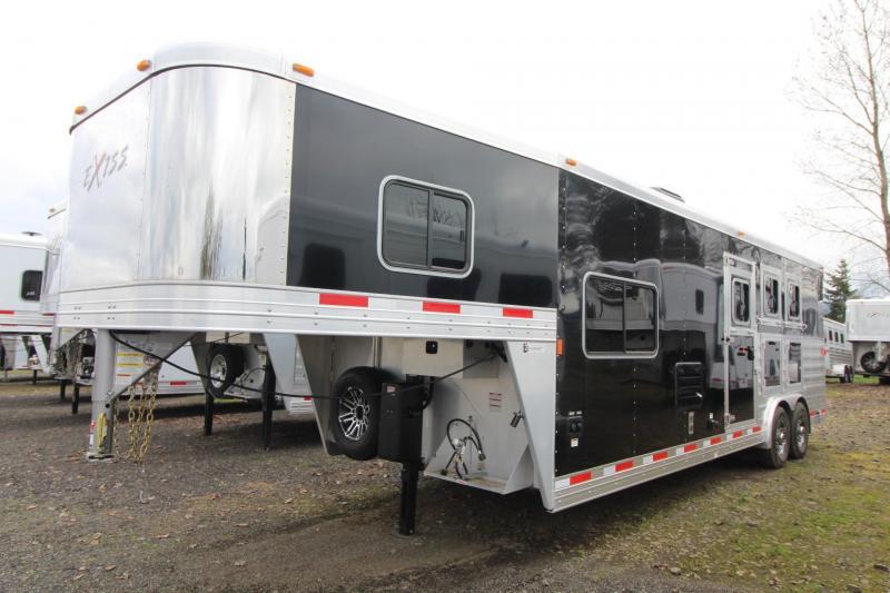 2018 Exiss 8310 - 10' Short Wall LQ w/ Dinette - 3 Horse Aluminum Trailer