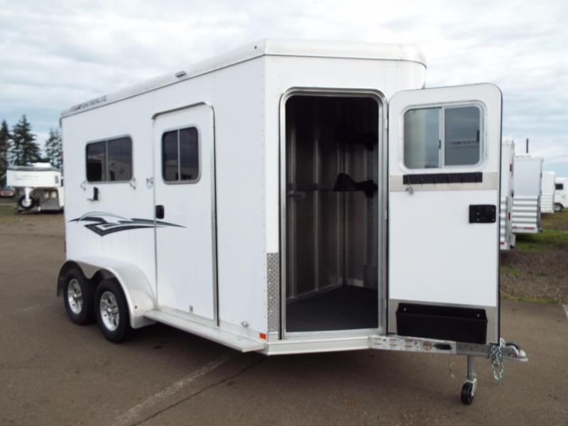 2017 Featherlite 9407 Aluminum Straight Load 7u00276  Tall - 2 Escape Doors - R& - 2 Horse Trailer & All Inventory | Horse Trailers For Sale | Double J Trailers in ... pezcame.com