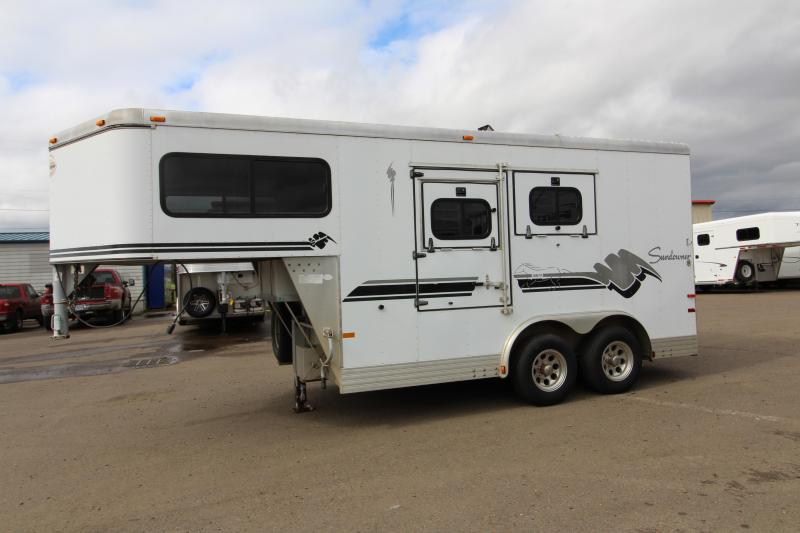 """1999 Sundowner Trailers 725 - 2 Horse Gooseneck Trailer w/ Escape Door - Folding Rear Tack - Rear Ramp - 8' Wide 7'5"""" Tall - Lined and Insulated"""