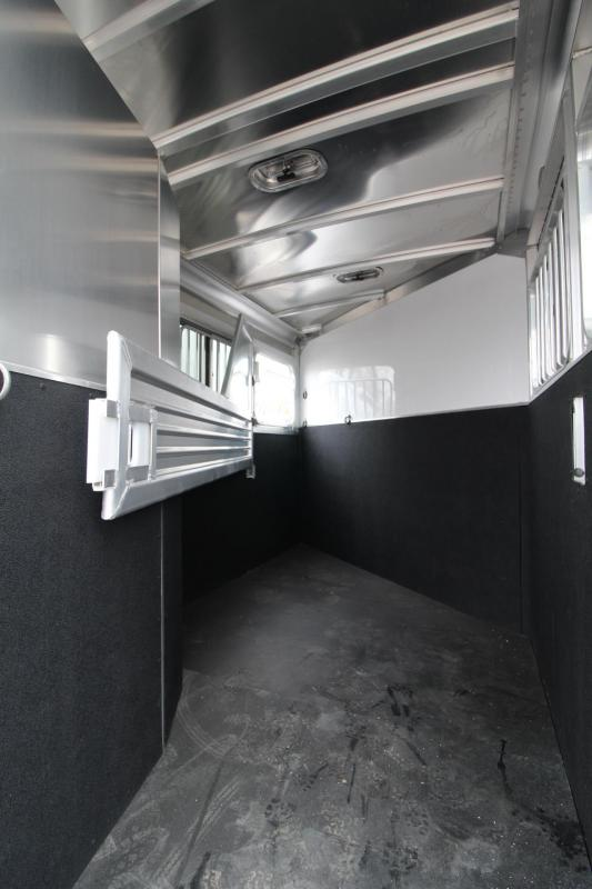2018 Featherlite 9409 2 Horse Trailer W/ Rear Tack