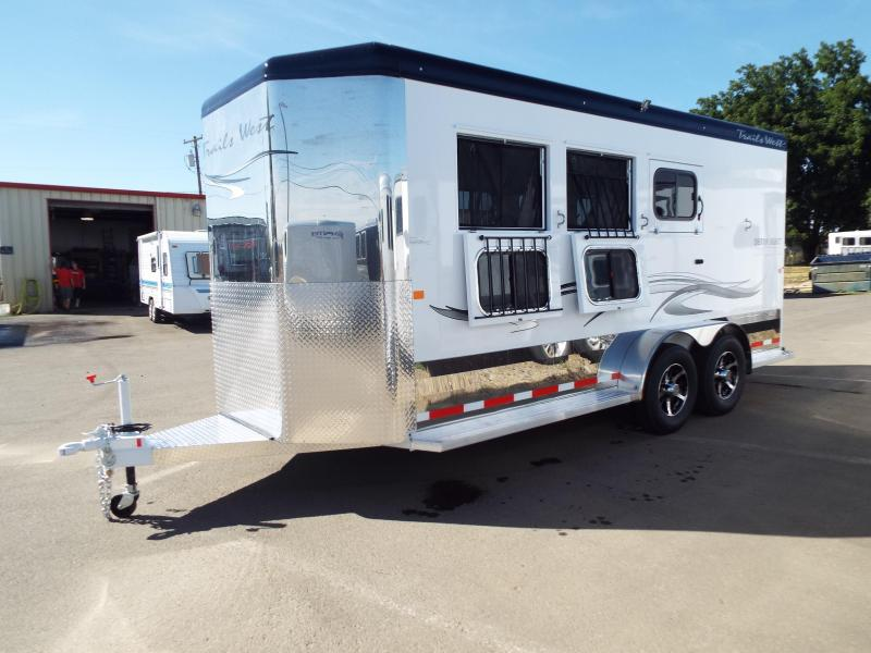 "2018 Trails West Sierra Select Aluminum Vacuum Bonded Walls & Roof Alum Wheels 3 Horse Trailer - 7'6"" Tall"
