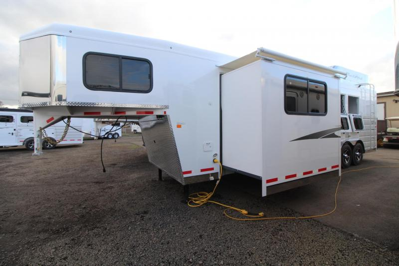 2018 Trails West Sierra 11x15 W/ Slide 3 Horse Living Quarters Trailer - Hay Rack - Hoof Grip Easy Care Flooring