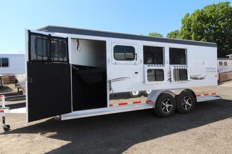 2017 Trails West Sierra Select Aluminum W/ Escape Door - Seamless Vacuum bonded walls - 4 Horse Trailer