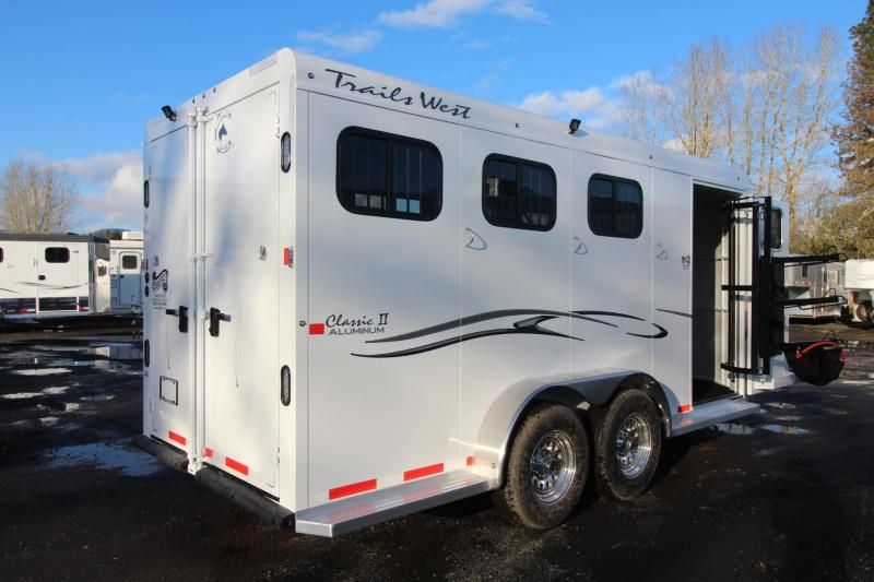2018 Trails West Classic II 3 Horse Trailer - Aluminum Skin Steel Frame