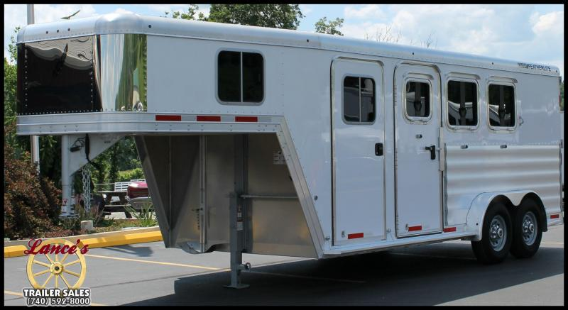 2016 Featherlite 8541 3-Horse Slant Load Trailer