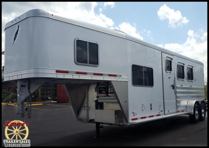 2017 Featherlite 8533 3- Horse Trailer w/Living Quarters