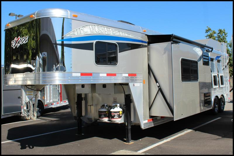2018 Exiss Endeavor 8312 GL 3-Horse Living Quarters Trailer