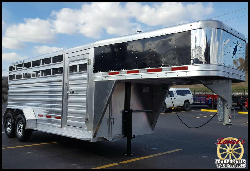 2017 Featherlite 8117 16' Livestock Trailer w/Stainless Front