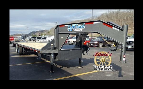 2017 Diamond C  FMAX210 25+5  Equipment Trailer