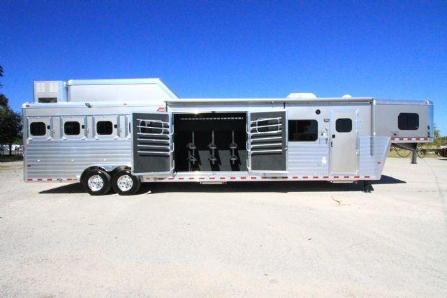 2017 Hart Tradition 4 Horse 16' SW LQ with Smart Tack feature Slant Load Gooseneck Horse Trailer With Living Quarters