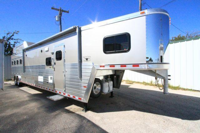 2017 Hart Tradition 4 Horse 16' SW LQ 4 Horse Slant Load Gooseneck Horse Trailer With Living Quarters