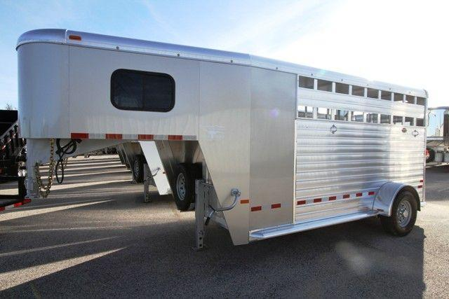 2016 HART SHORT-GO SINGLE AXLE - NOTHING ELSE LIKE IT Slant Load Gooseneck Horse Trailer