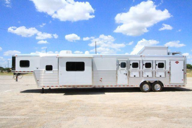 2017 Hart Tradition 4 Horse 17' SW LQ 4 Horse Slant Load Gooseneck Horse Trailer With Living Quarters