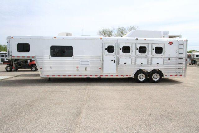 2016 Hart Tradition 4 Horse 10' SW LQ Slant Load Gooseneck Horse Trailer With Living Quarters