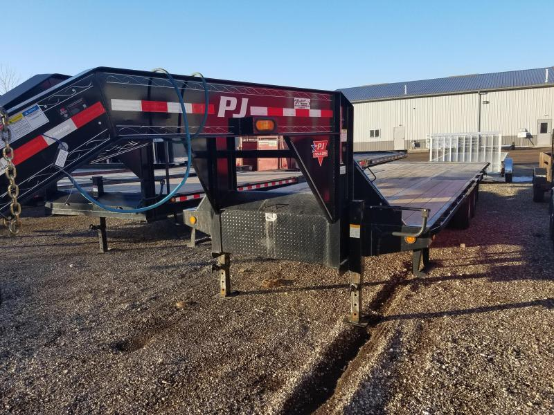 2017 PJ Trailers LY302 Equipment Trailer