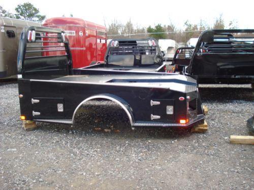 2015 CM ER Model Truck Bed / Equipment