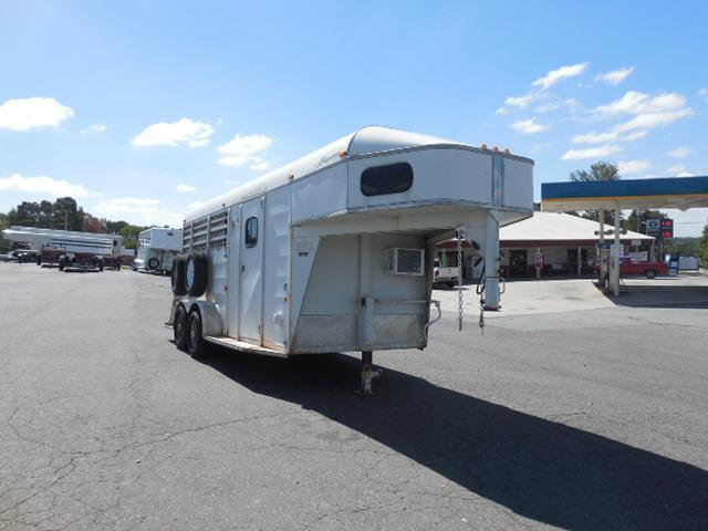 2007 Chaparral Trailers GN 2H Straight Load Horse Trailer