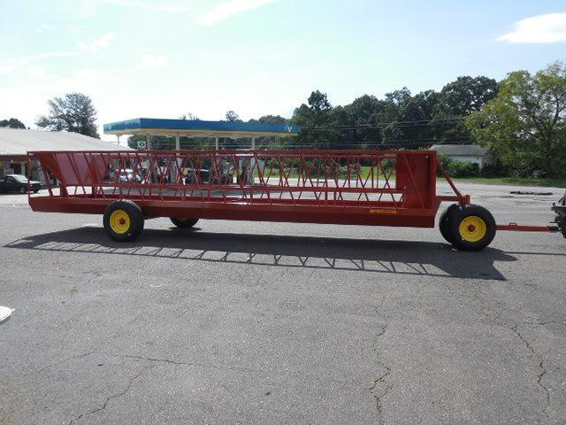 2017 Pequea 525 Feeder Wagon Hay / Forage
