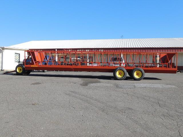 2016 Pequea 530T Truck Bed / Equipment