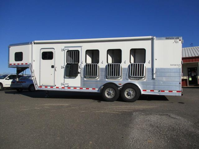 2005 Kiefer Built Horse Trailer