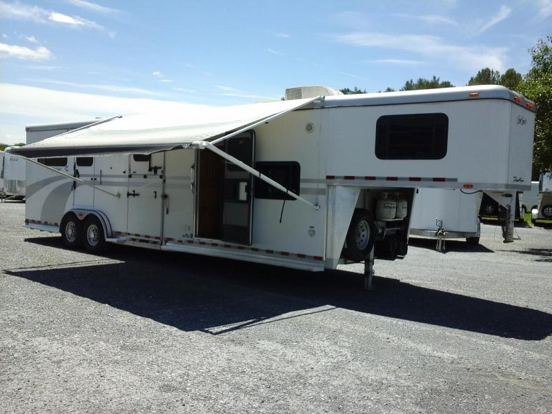 2007 Equispirit  2H Straight Load LQ Horse Trailer
