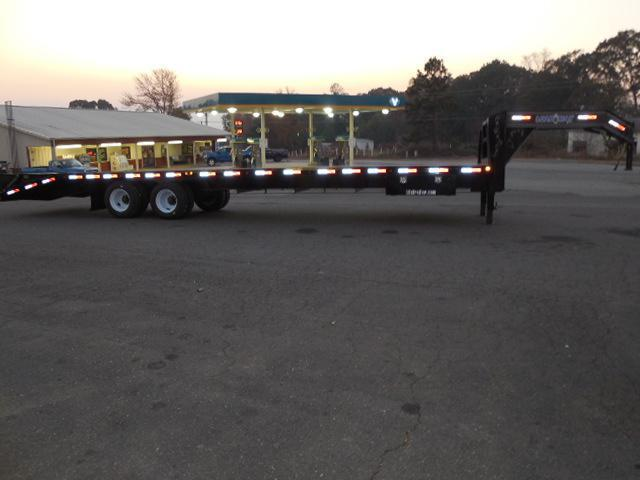 2017 Load Trail GN 102 x 34 Flatbed Trailer
