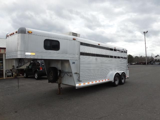1999 4-Star Trailers GN 18ft Weekender Horse Trailer