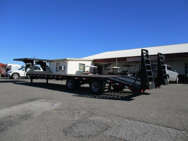 2010 Load Max GN 8 1/2 x 30 Equipment Trailer