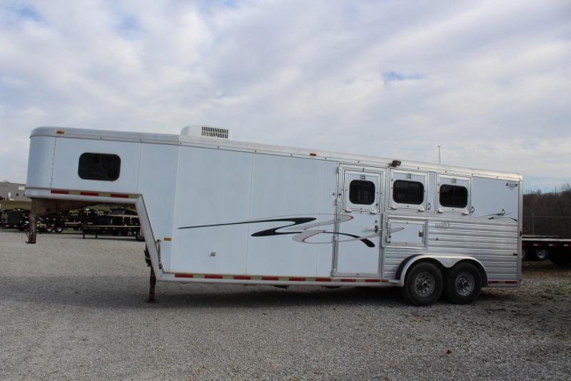 2000 Hart Trailers Horse Trailer