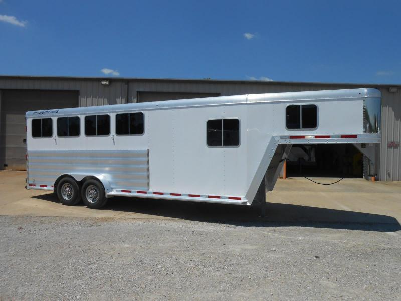 2015 Featherlite 8541-704H Horse Trailer