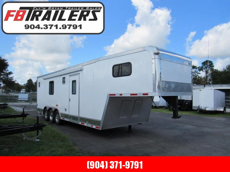 2014 Cargo Mate 32ft Gooseneck w/ bath package/Sleeping Quarter Car / Racing Trailer