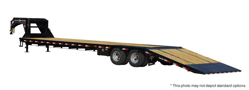 2018 PJ Trailers 32' Low-Pro with Hydraulic Dove Trailer