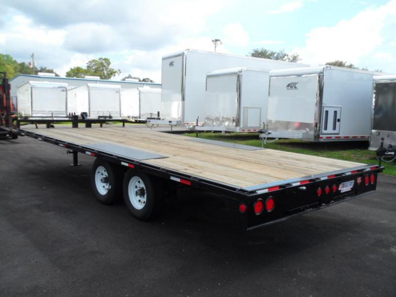 2017 8 x 22 PJ Trailers F8 Equipment Trailer
