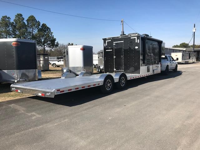 2018 Sundowner Trailers Toy Hauler Toy Hauler