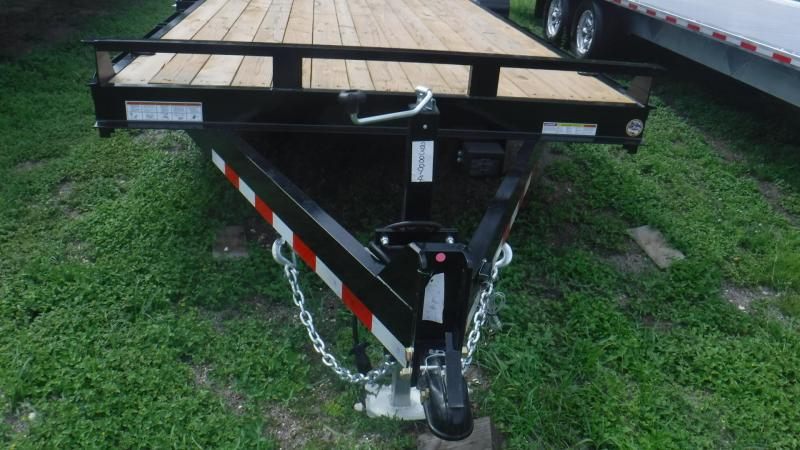 2018 Sure-Trac ST811731-B-140 Equipment Trailer