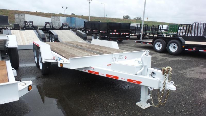 2017 TrailMax T-16-UT Flatbed Trailer